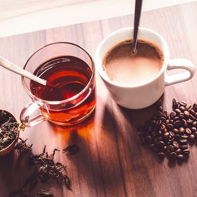 Etwas Tee zum Kaffee?